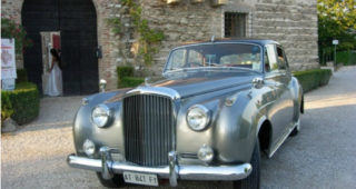 Rental car services - classic-car-hire-bentley-s1